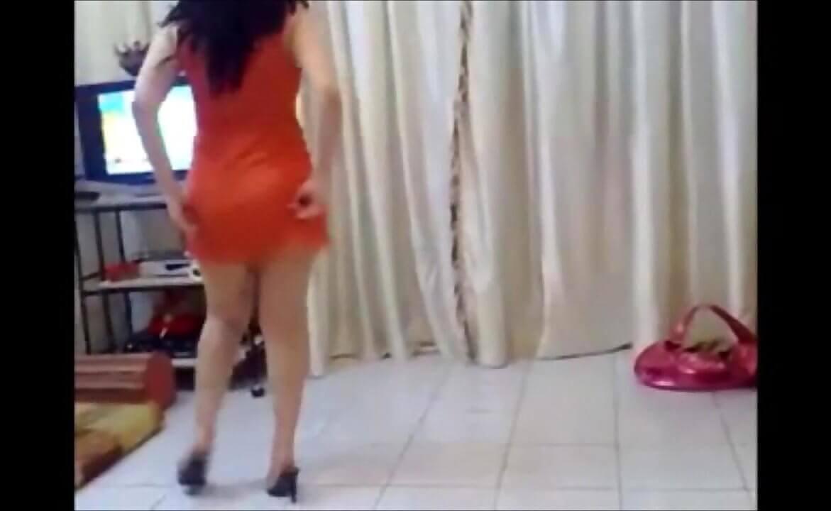 آمال من القاهرة ترقص وتتناك من سعودي في الفندق , سكس مصري