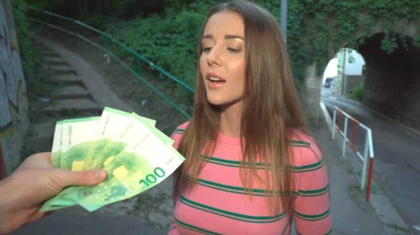 سكس نيك مقابل المال - بنت المدرسة جميلة xvideos